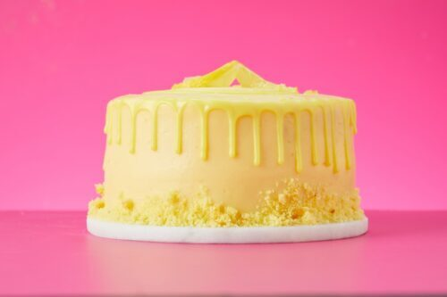 Lola's Lemon drizzle cake