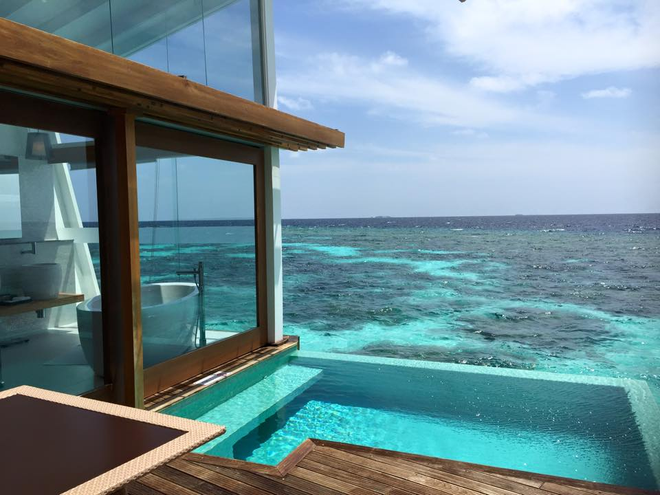 Water villa with pool at Kandolhu